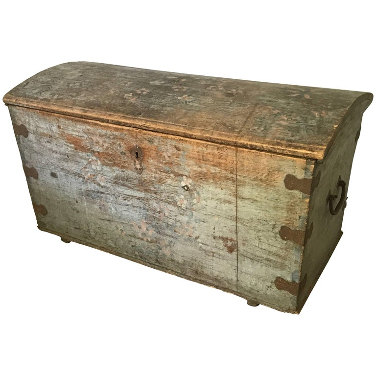Antique Belgian Painted Chest, circa 1850 1