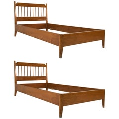 Pair of Walnut Beds by Osvaldo Borsani, Italy, 1950s