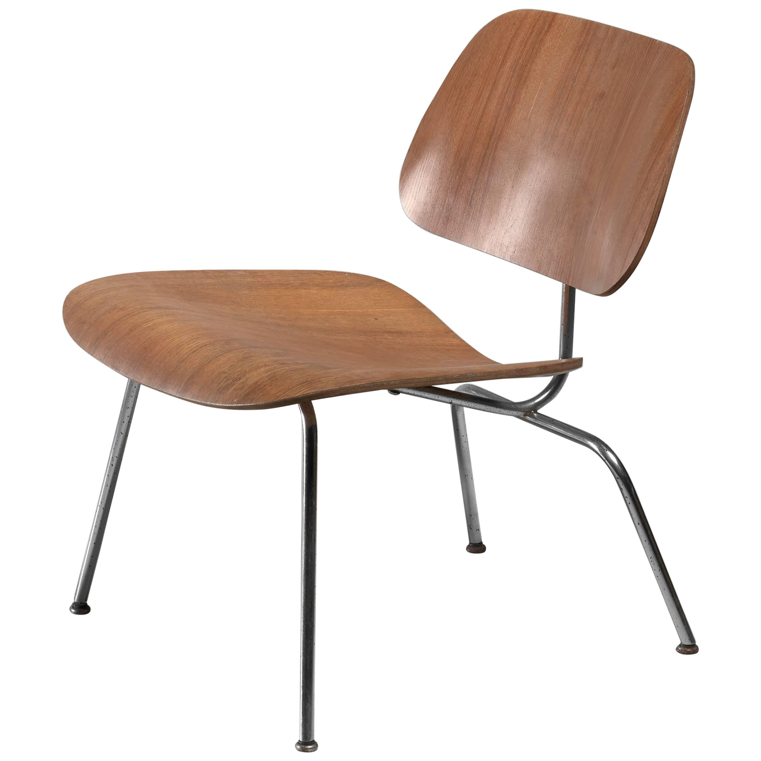 LCM Chair In Walnut By Charles Eames For Herman Miller, 1950s For Sale