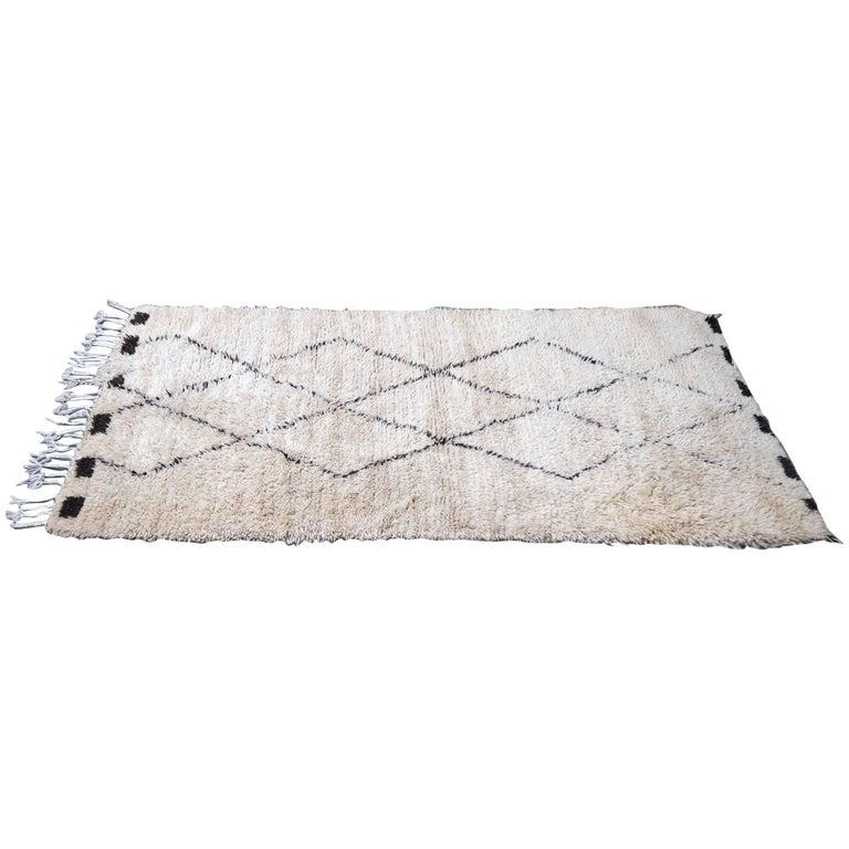 Vintage Beni Ourain Moroccan Rug with Three Column Diamond Pattern 1