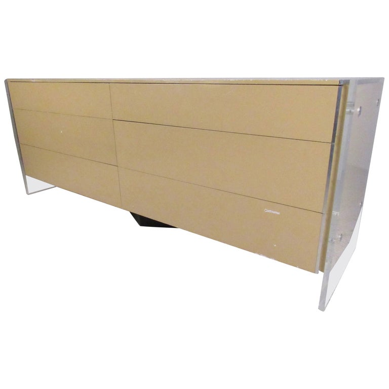 Stylish Modern Lucite Frame Dresser in the Style of Milo Baughman