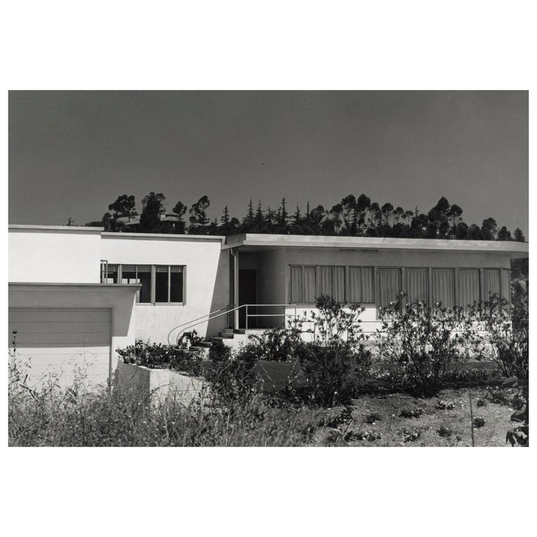 Julius Shulman B & W Photgraph of the Lipetz House by Raphael Soriano
