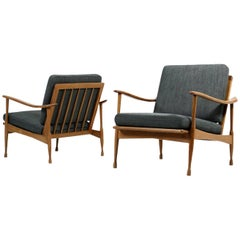 Pair of 1950s Italian Organic Easy Chairs Beechwood Mid-Century New Upholstery