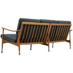 1950s Italian Bio Lounge Sofa Buchenholz Mitte des Jahrhunderts Modern neue Polster