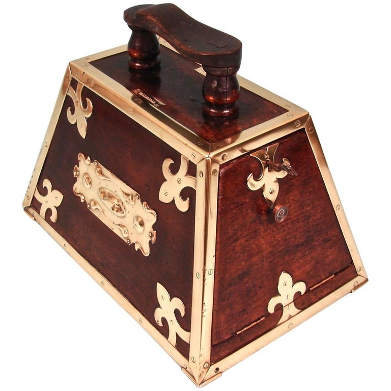 Highly Decorative Mahogany Turkish Art Nouveau Period Shoe Shine Box For Sale