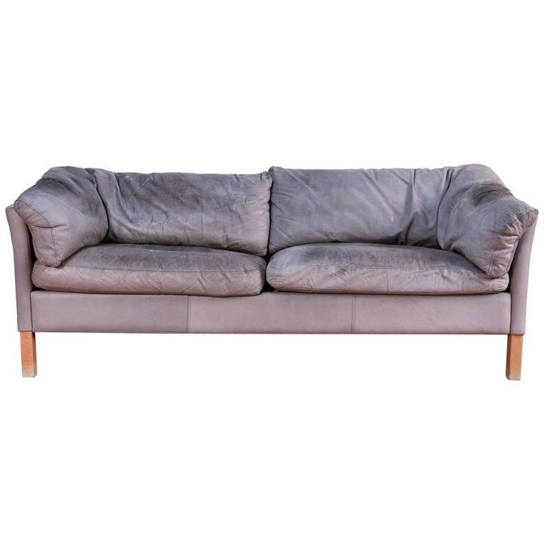Mogens hansen model 35 gray leather sofa for sale at 1stdibs for Gray sofas for sale