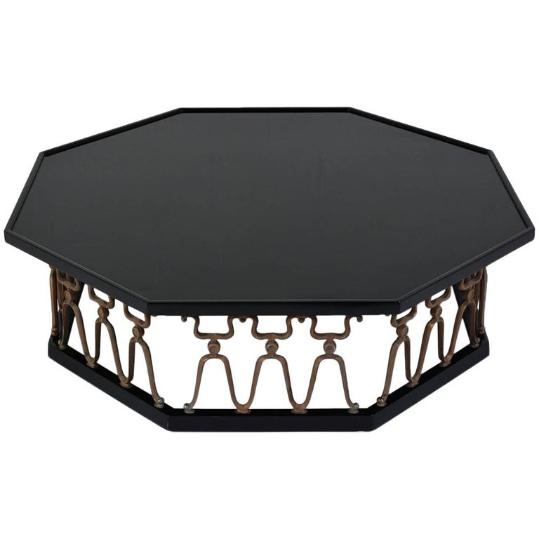 Octagonal Hollywood Regency-Style Lacquered Coffee Table For Sale