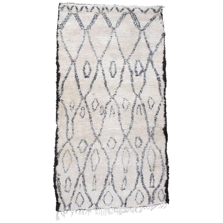 Excellent Beni Ouarain Moroccan Berber Carpet For Sale