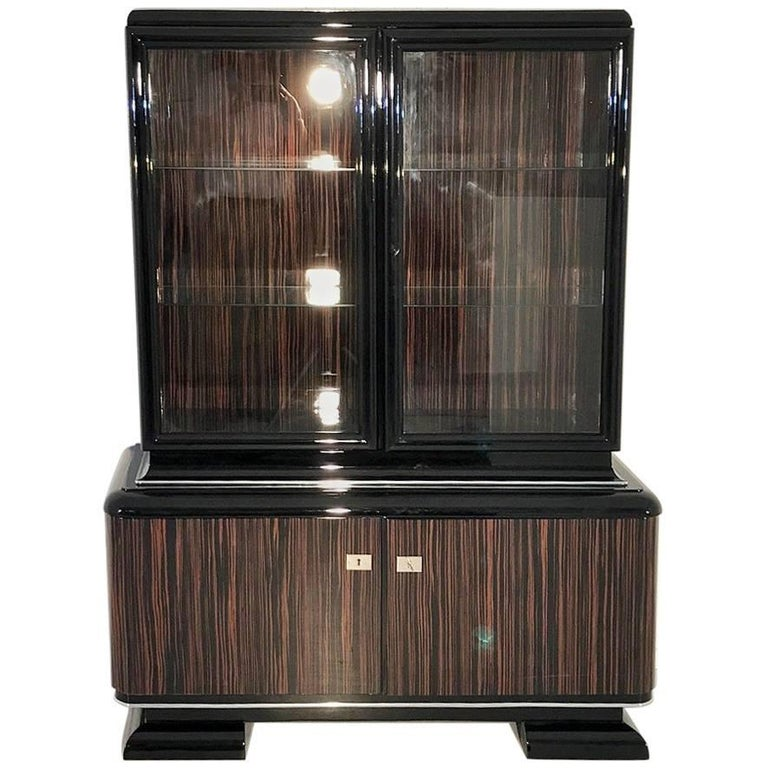 art deco macassar vitrine for sale at 1stdibs. Black Bedroom Furniture Sets. Home Design Ideas