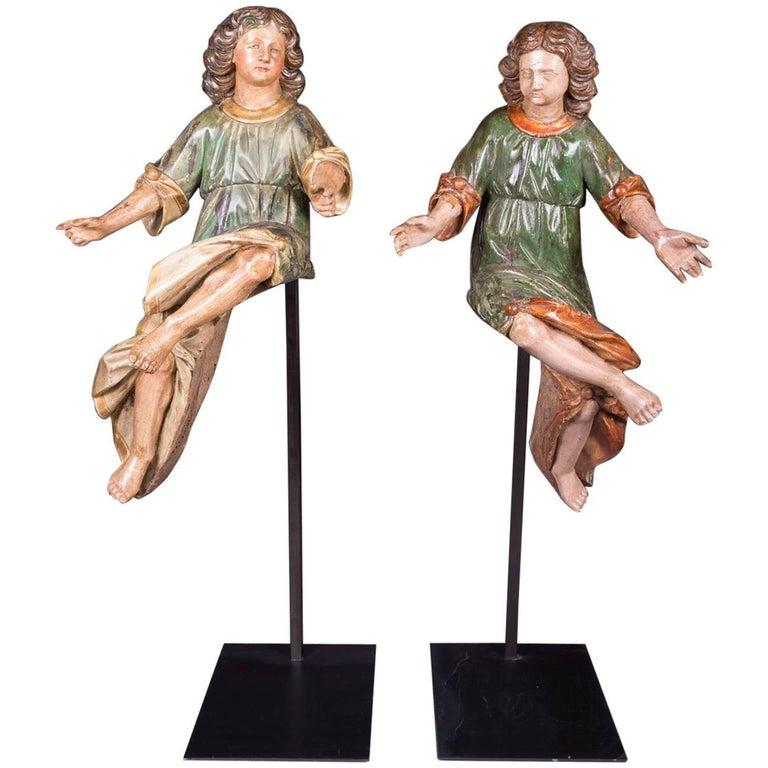 18th Century Baroque Oak Pair of Couple Baroque Figures For Sale