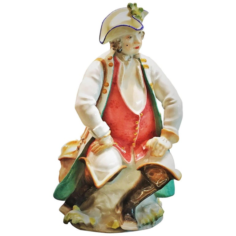 Paul Scheurich for Meissen, Resting Nobleman, Porcelain Sculpture, circa 1920 For Sale