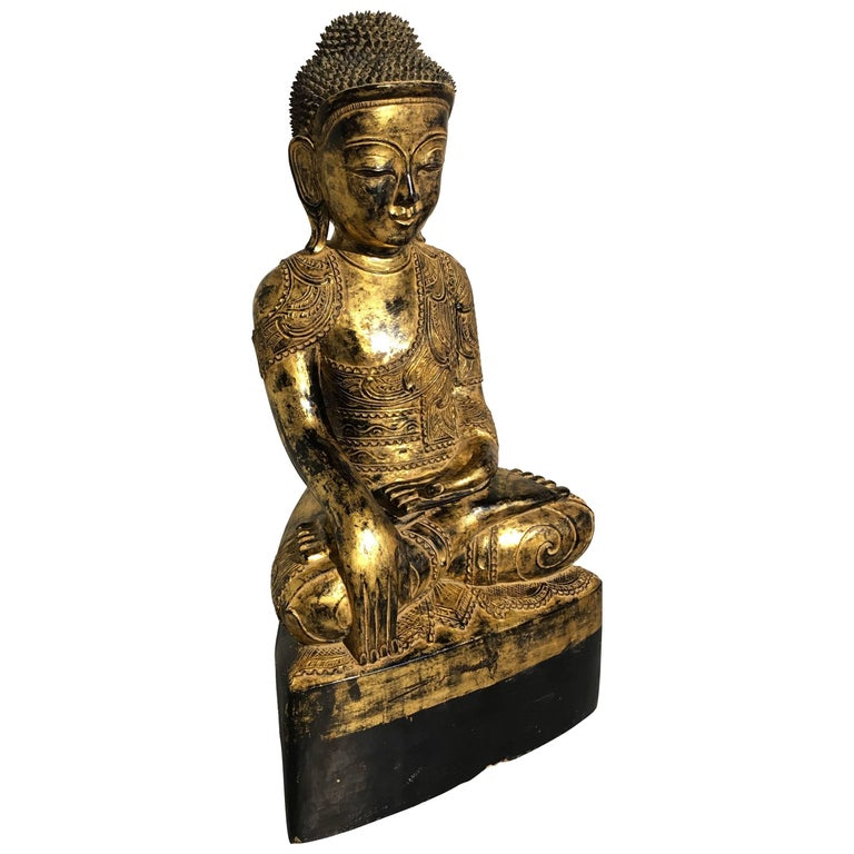 Burmese Ava Period Carved, Lacquered and Giltwood Buddha, Late 18th Century For Sale