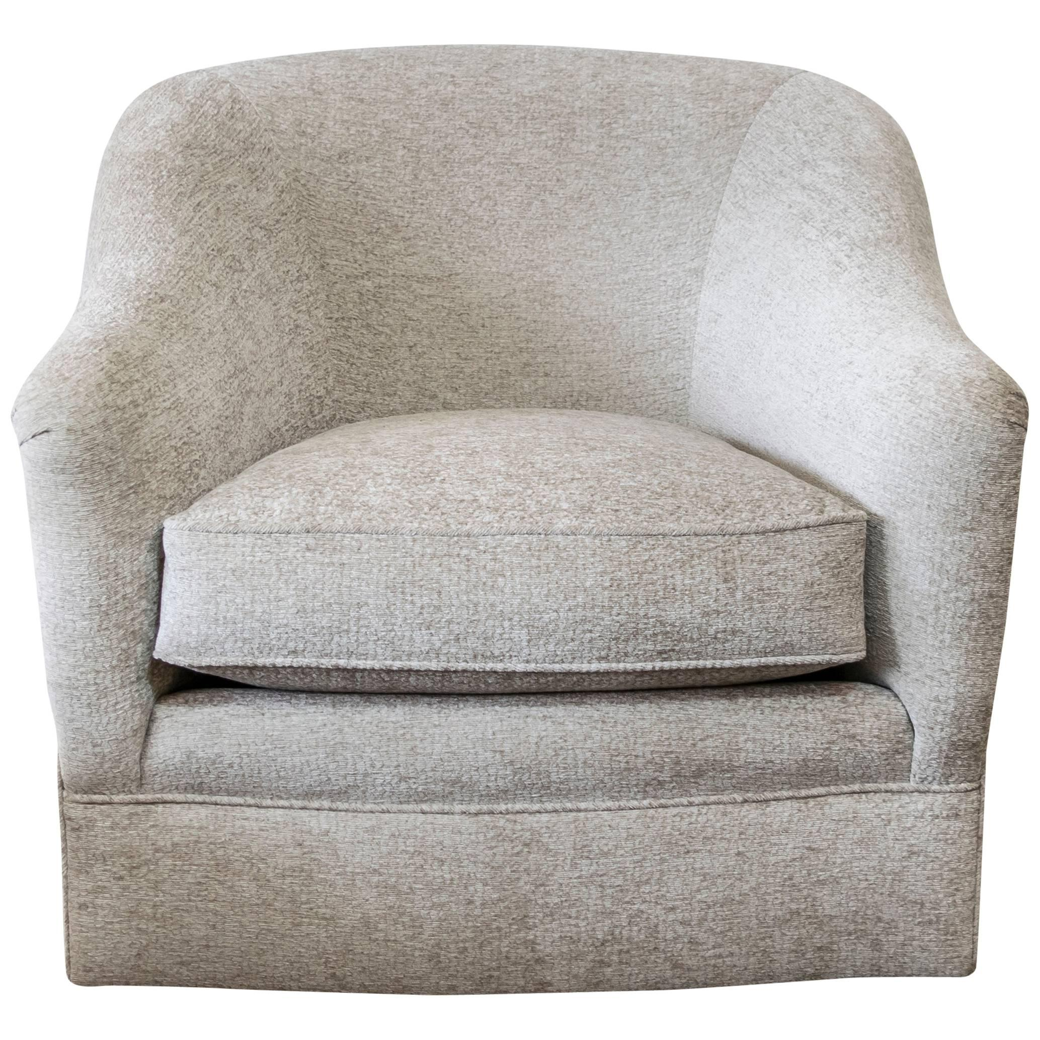 Donghia Swivel Chair Upholstered In Luxurious Cream Chenille