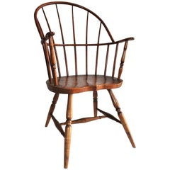 19th Century, Windsor Chair with Extended Arms and Sack Back