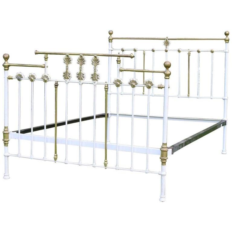 Decorative Brass and Iron Bed MU38
