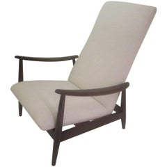 Milo Baughman Walnut Recliner for Thayer Coggin