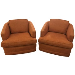 Pair of Swivel Tub Chairs Attributed to Milo Baughman