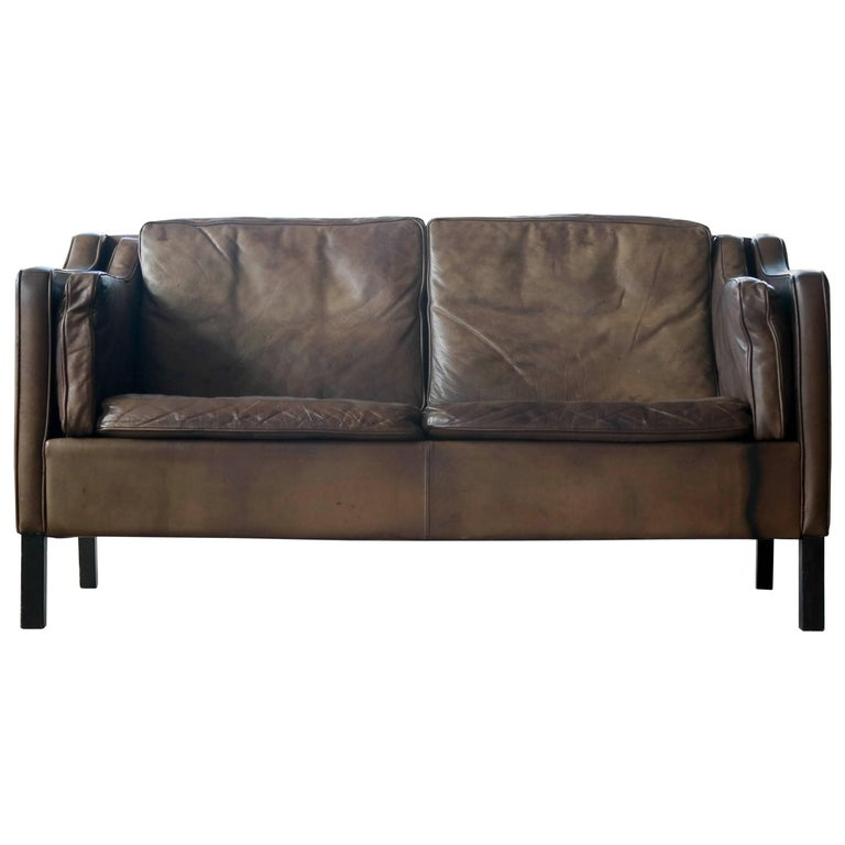 Borge Mogensen Style Two-Seat Sofa in Patinated Buffalo Leather by Mogens Hansen For Sale