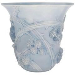 """René Lalique Vase """"Mures"""""""