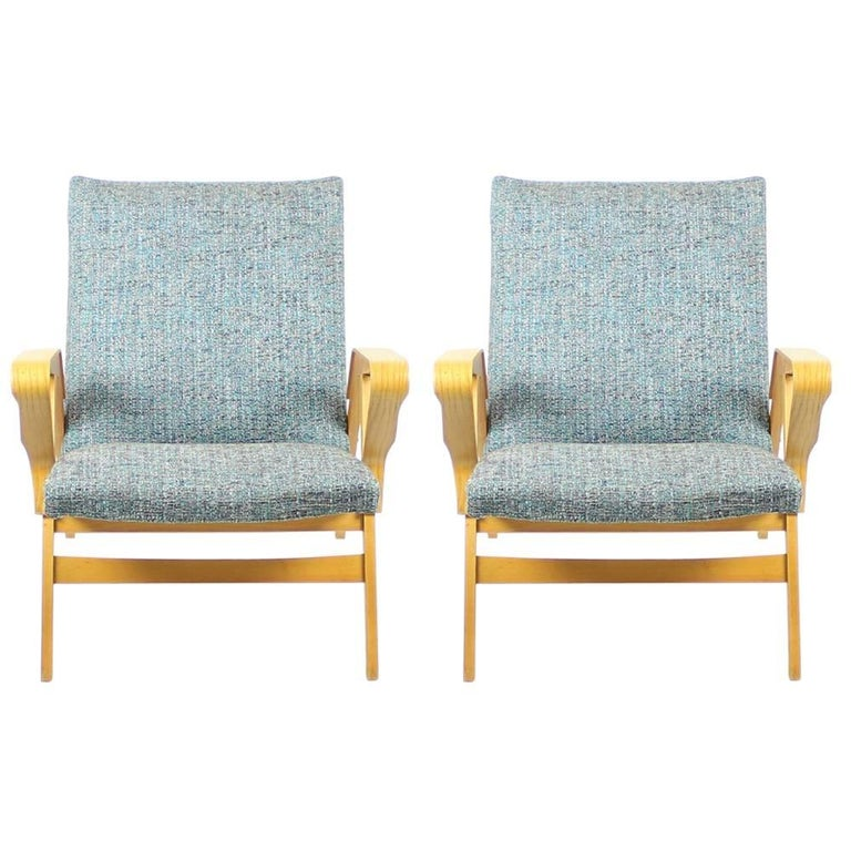 Tatra Armchairs in Light Beech, Czechoslovakia, circa 1960 For Sale