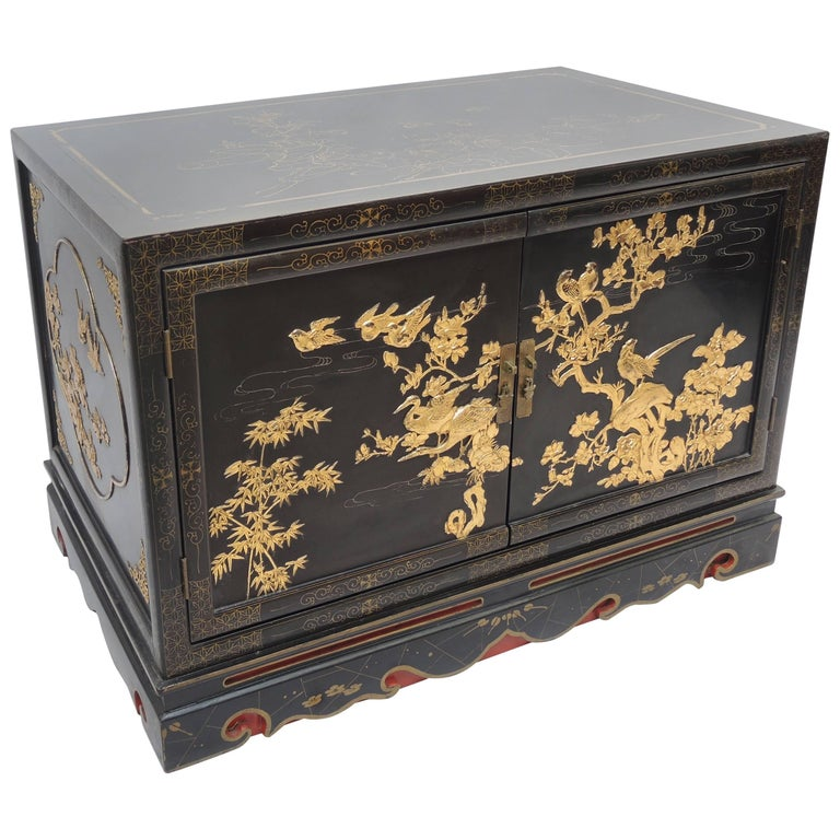 Black and Gold Lacquered Chinese Export Cabinet