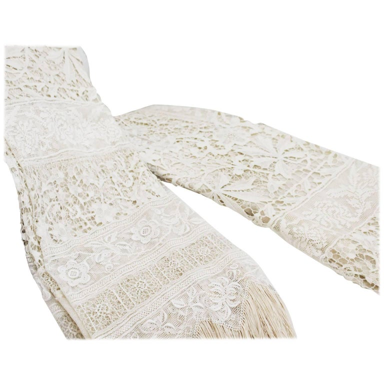 Large Pair of Ornate Antique Hand Made Ivory French Lace Curtains For Sale