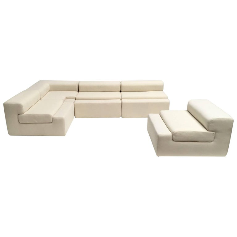 Unique modular Sofa by Mangiarotti for the 'Casa Vitale', 1969 with certificate 1