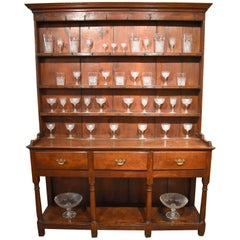 Attractive Early 19th Century Oak Dresser