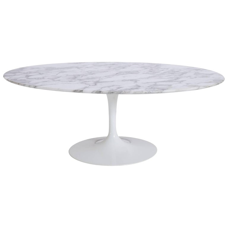 Saarinen Oval Tulip Coffee Table In Arabescato Marble At