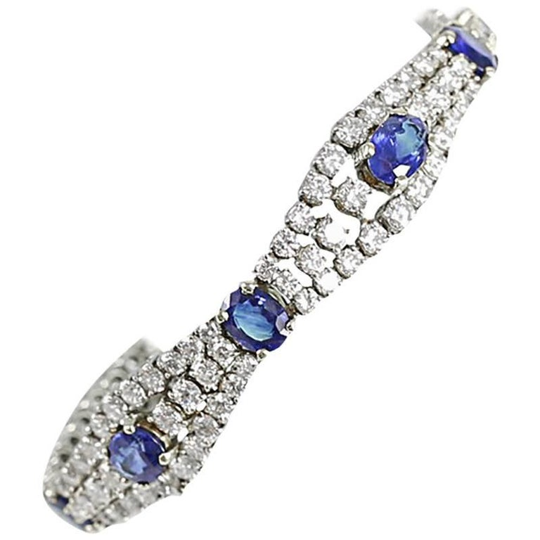 18-Karat Yellow Gold and Sapphire Bracelet