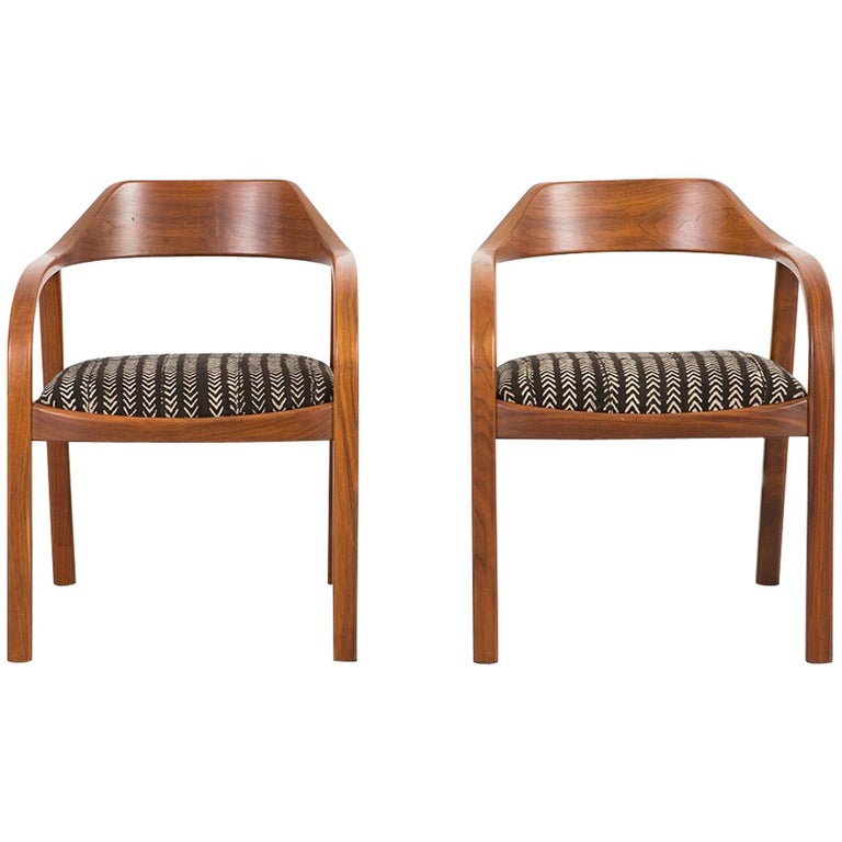 Set of Risom, Marble Corporation Lounge Chairs Newly Upholstered