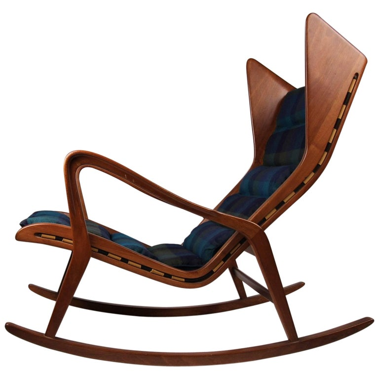 Italian Rocking Chair Model 572 By Cassina For Sale