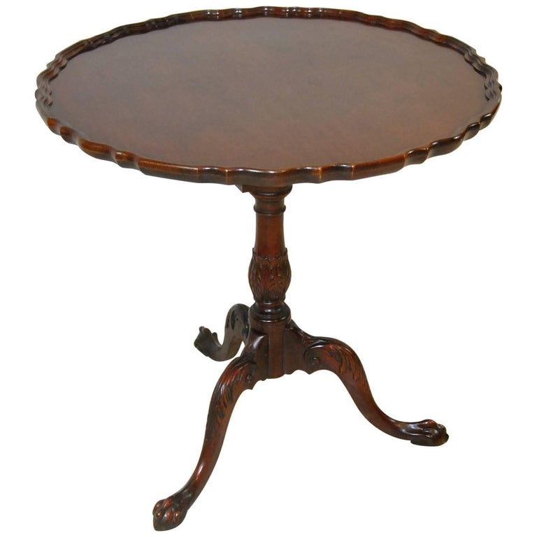 Chippendale Style Mahogany Pie Crust Tilt-Top Table by Baker Furniture 1 - Chippendale Style Mahogany Pie Crust Tilt-Top Table By Baker