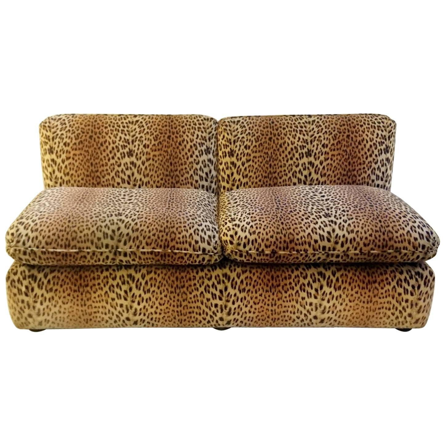 Great Vintage Sofa In Leopard Velvet By Cyrus Company Italy 1