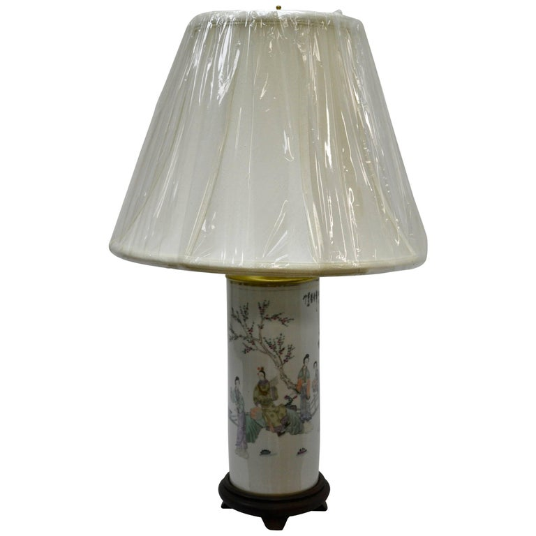 Chinese Porcelain Hat Stand Table Lamp For Sale