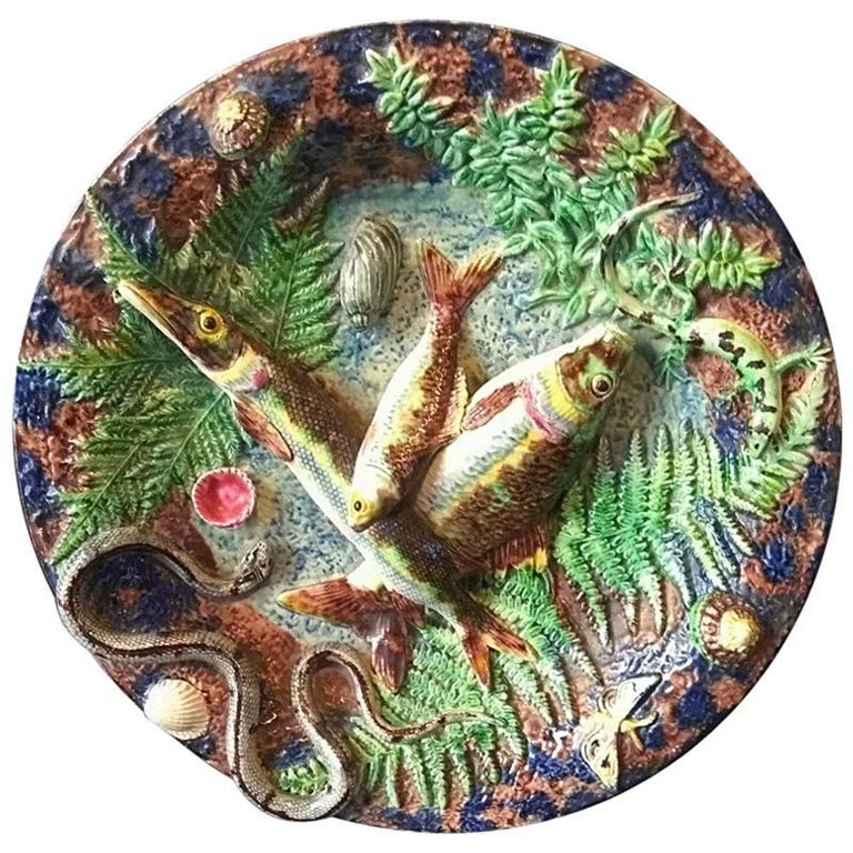 Palissy Style Charger with Fishes For Sale