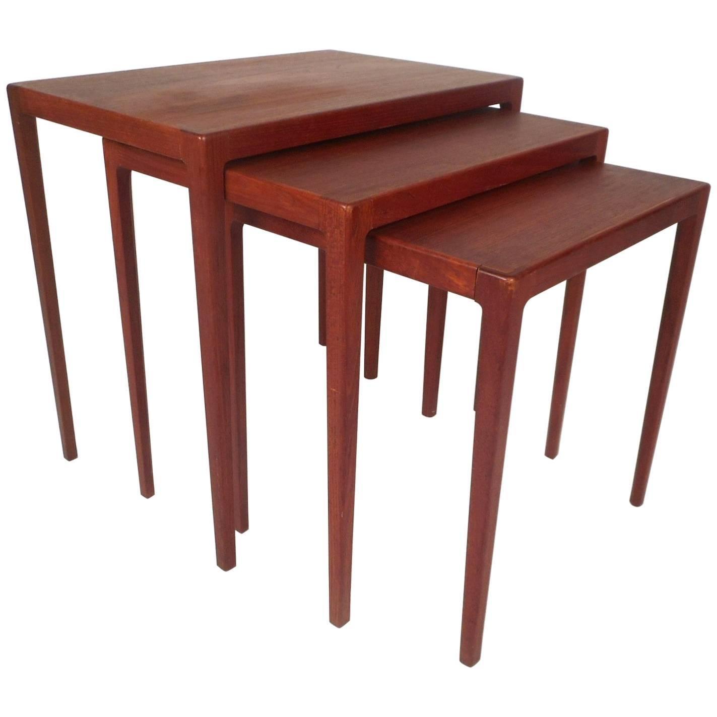 Elegant Set Of Three Mid Century Modern Danish Teak Nesting Tables By Ludvig  Pontoppidan For Sale