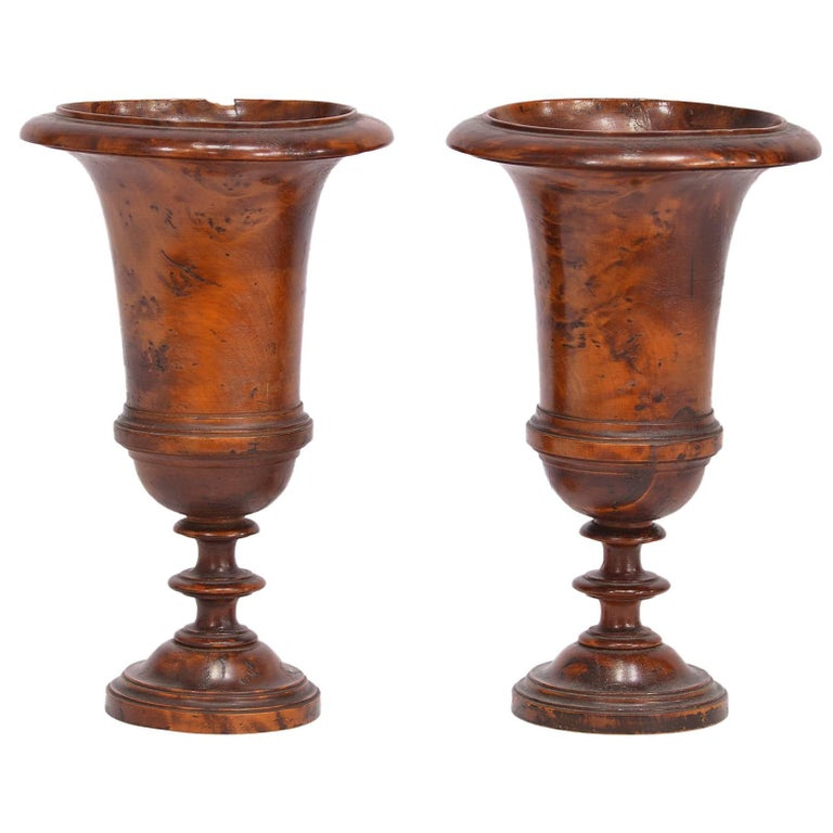 Pair of Early 19th Century English Treenware Urns For Sale