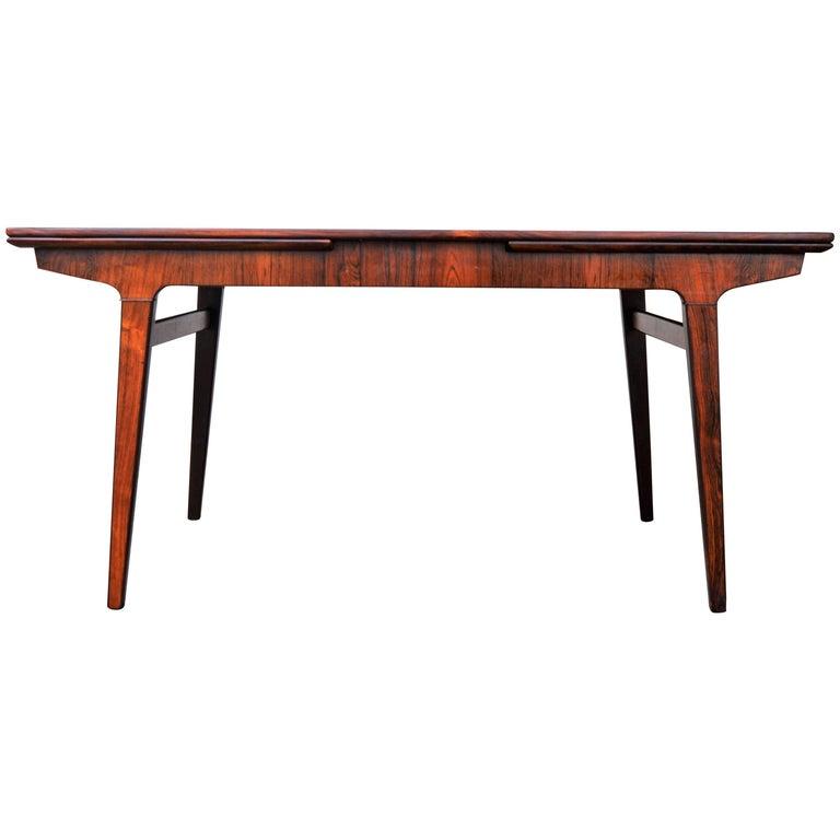 Johannes Andersen Rosewood Draw-Leaf Dining Table, Denmark