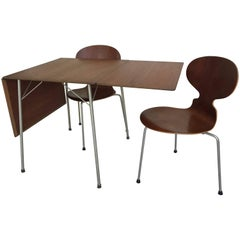 Early Petite Drop-Leaf Dining Table Set by Arne Jacobsen for Fritz Hansen