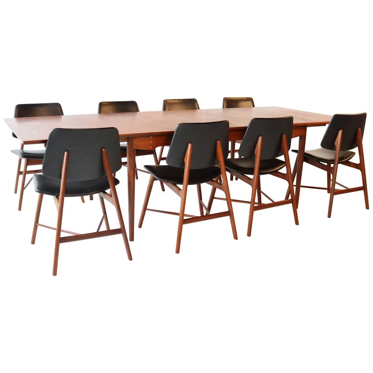 Finn juhl complete dining set including table and eight for Complete dining room sets