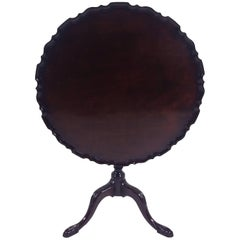 18th Century Mahogany Tilt-Top Tripod Table with Carved Pie Crust Edge