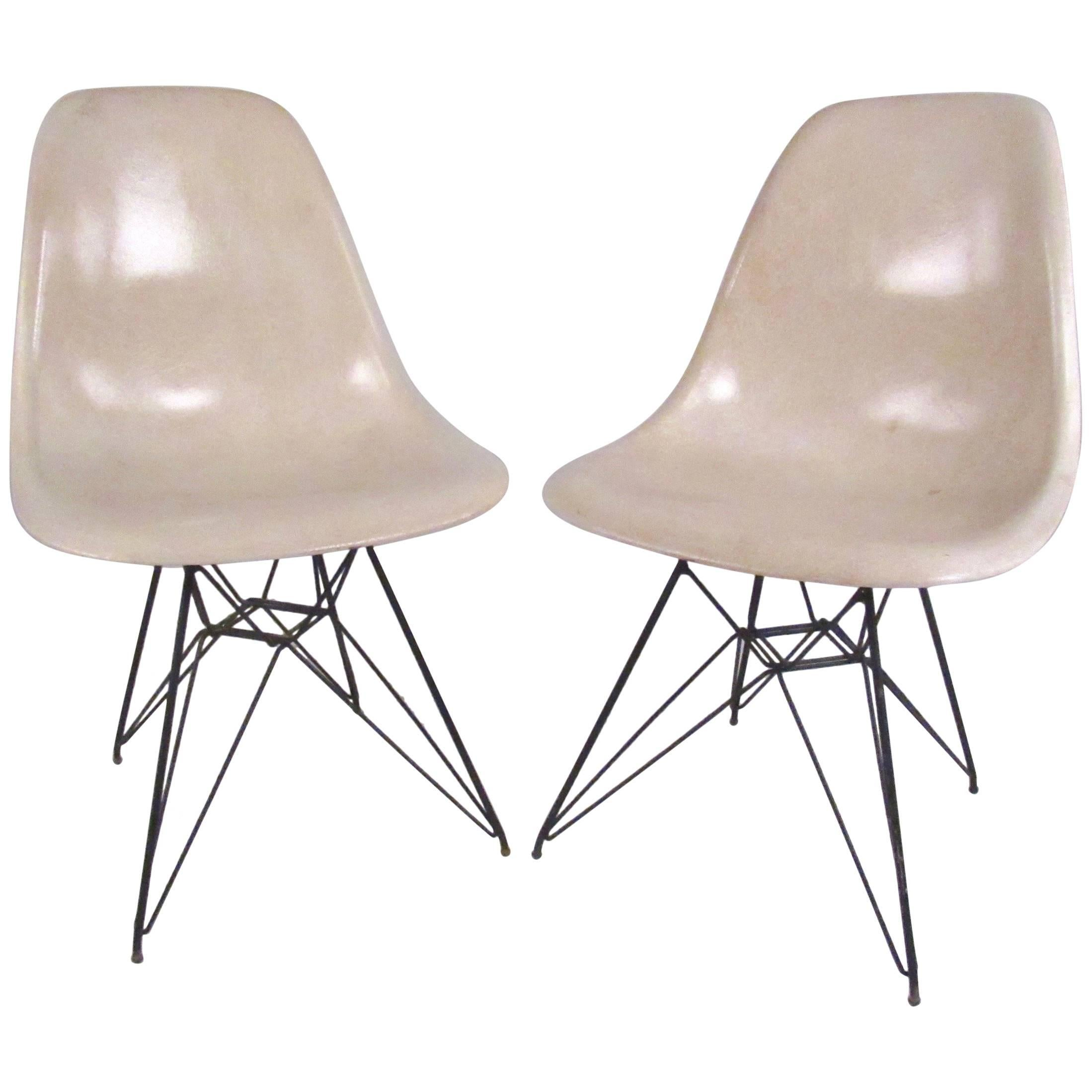 Charles Eames Eiffel Tower Fiberglass Side Chairs For Herman Miller For Sale