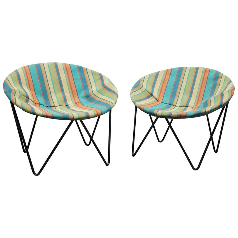 Pair of Mid-Century Modern Wrought Iron Children's Hoop Chairs For Sale