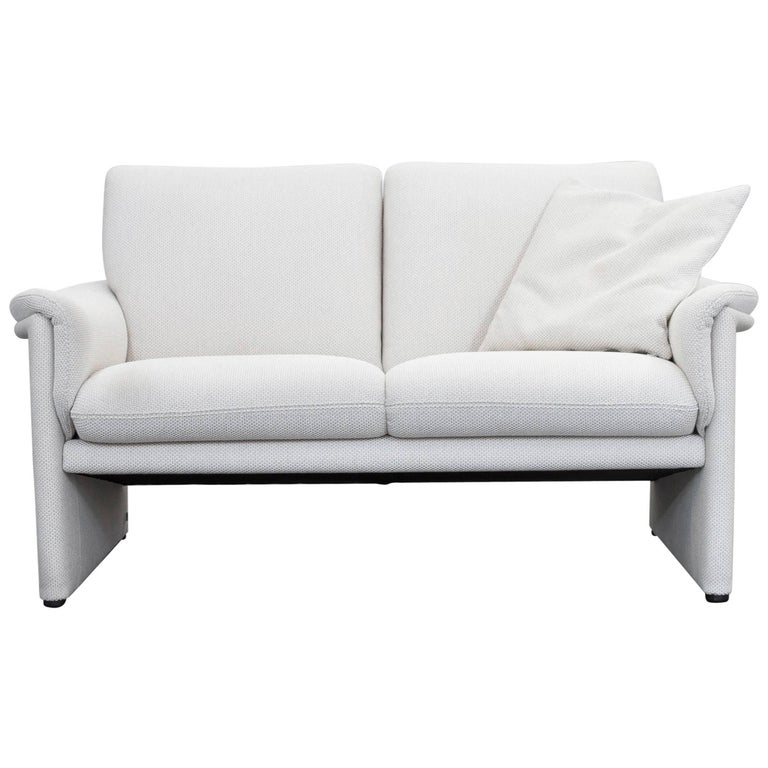 cor zento designer sofa fabric cr me white two seat couch modern for sale at 1stdibs. Black Bedroom Furniture Sets. Home Design Ideas