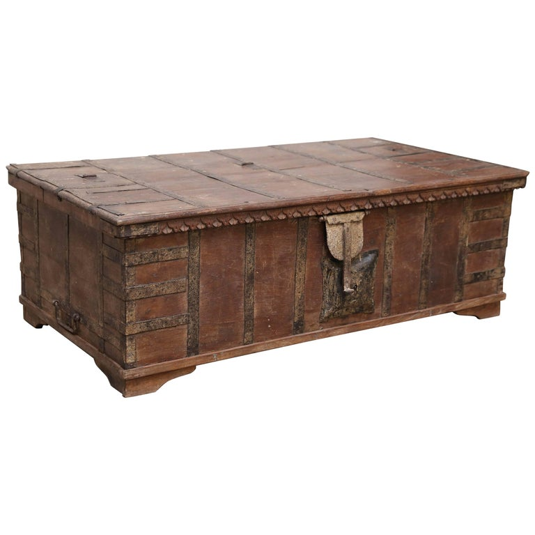 1820s Solid Teak Wood Dowry Chest from Central India For Sale