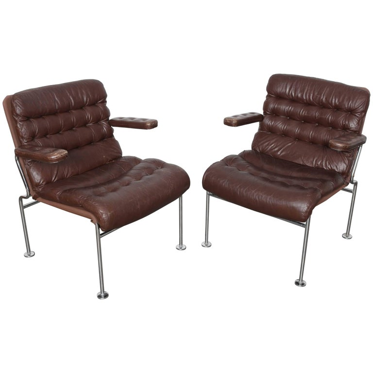 "Pair of Brown Tufted Leather Arm ""Birgitta"" Chairs by Bruno Mathsson for DUX"