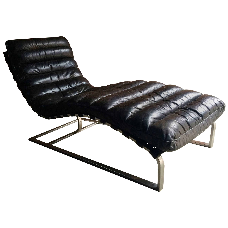Superbe Vintage Midcentury Oviedo Leather Chaise Lounge
