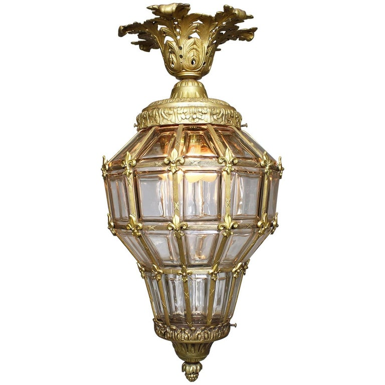 "French Early 20th Century Louis XIV Style Gilt Bronze ""Versailles"" Style Lantern"
