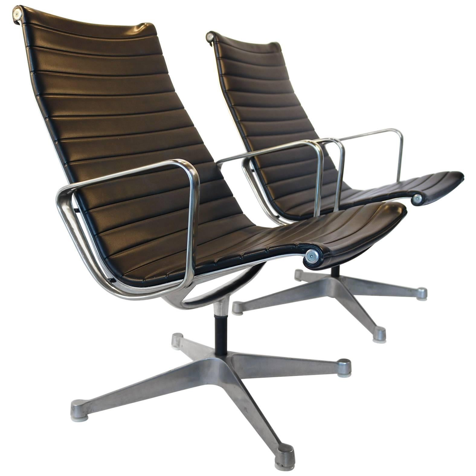 Charles Eames for Herman Miller Aluminium Group Swivel Lounge Chairs